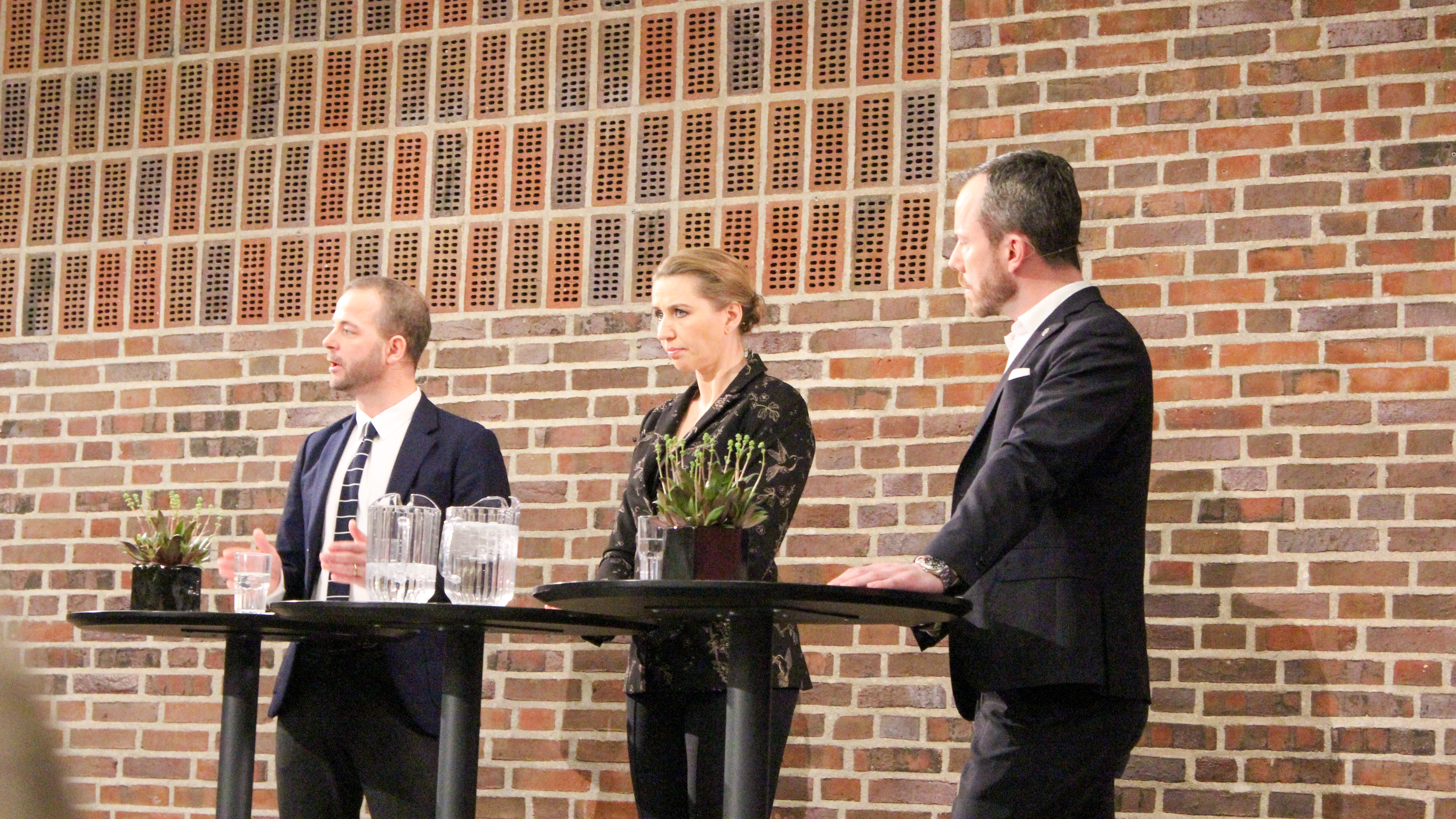 Ellemann Giver Ostergaard Kold Skulder Udlaendinge Splitter Os Netavisen Pio